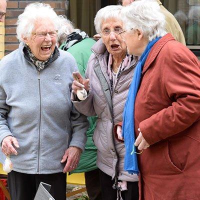 Samen Actief Dronten - lachende vrouwen